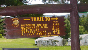 Sign to State Trails